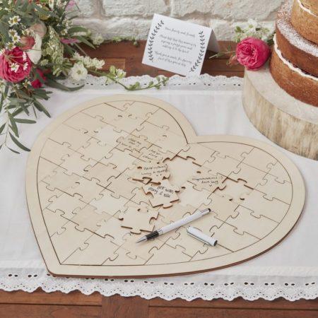 Gastenboek, hartvorm, creatief, in huis, opschrijven, bruiloft, wedding, ontvangst