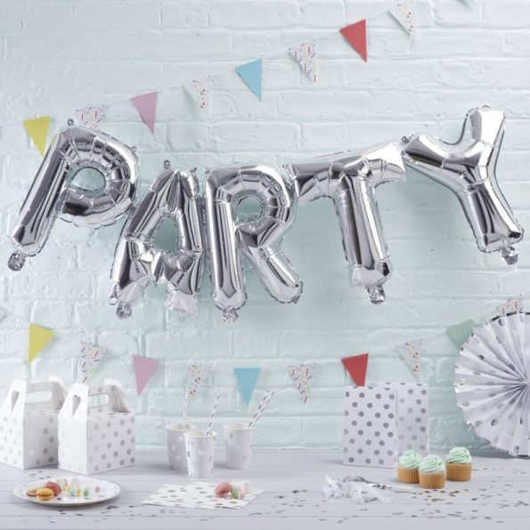 pm-210_-_silver_party_balloon_bunting-min