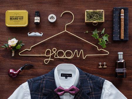 Groom, hanger, kledinghanger, metaal, goud, bruiloft, bride, fotomoment